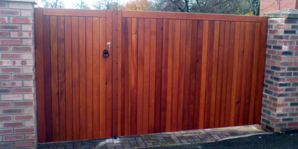 wood-part-ped-gate