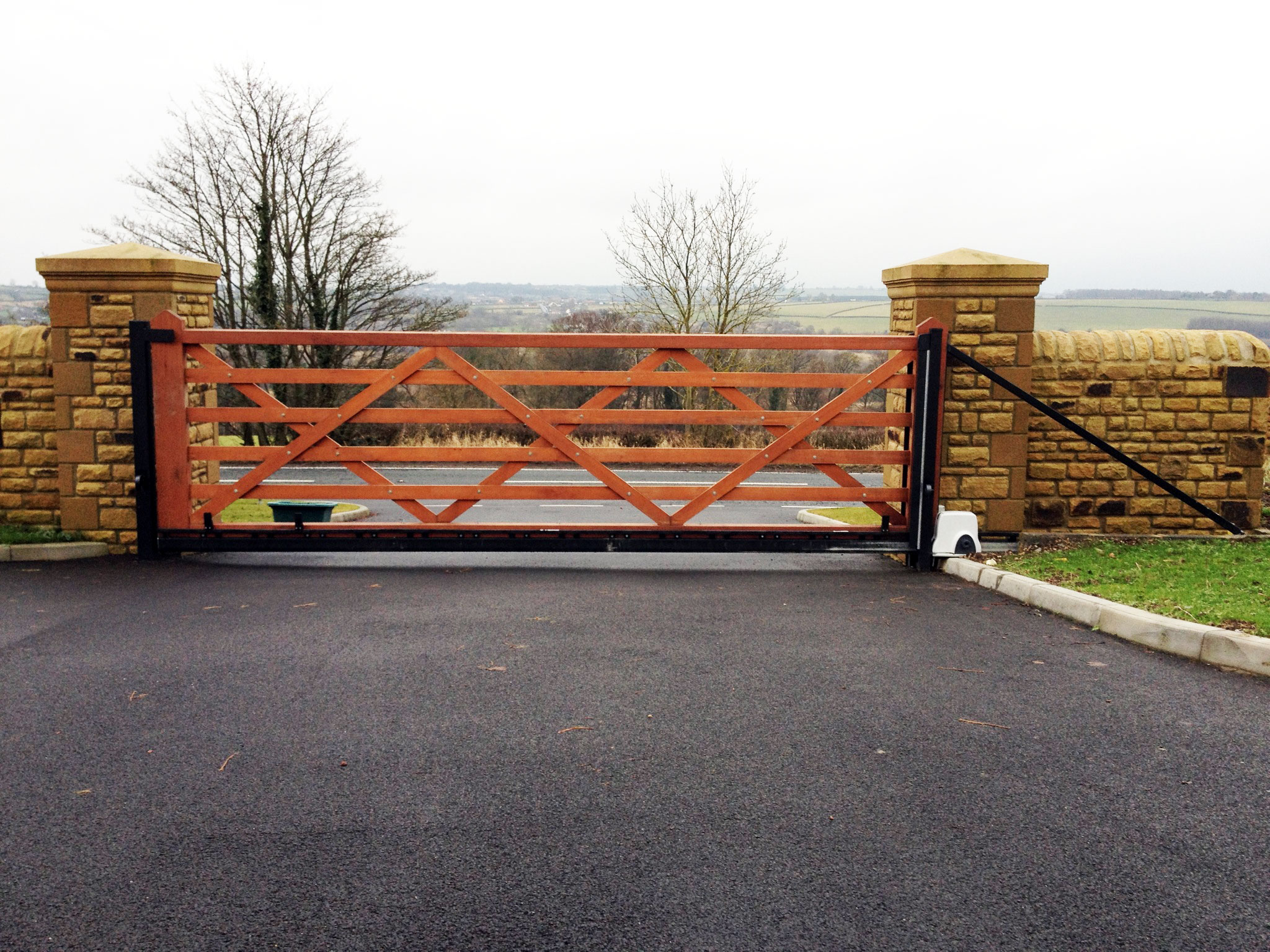 wooden gates driveway gates field and garden gates